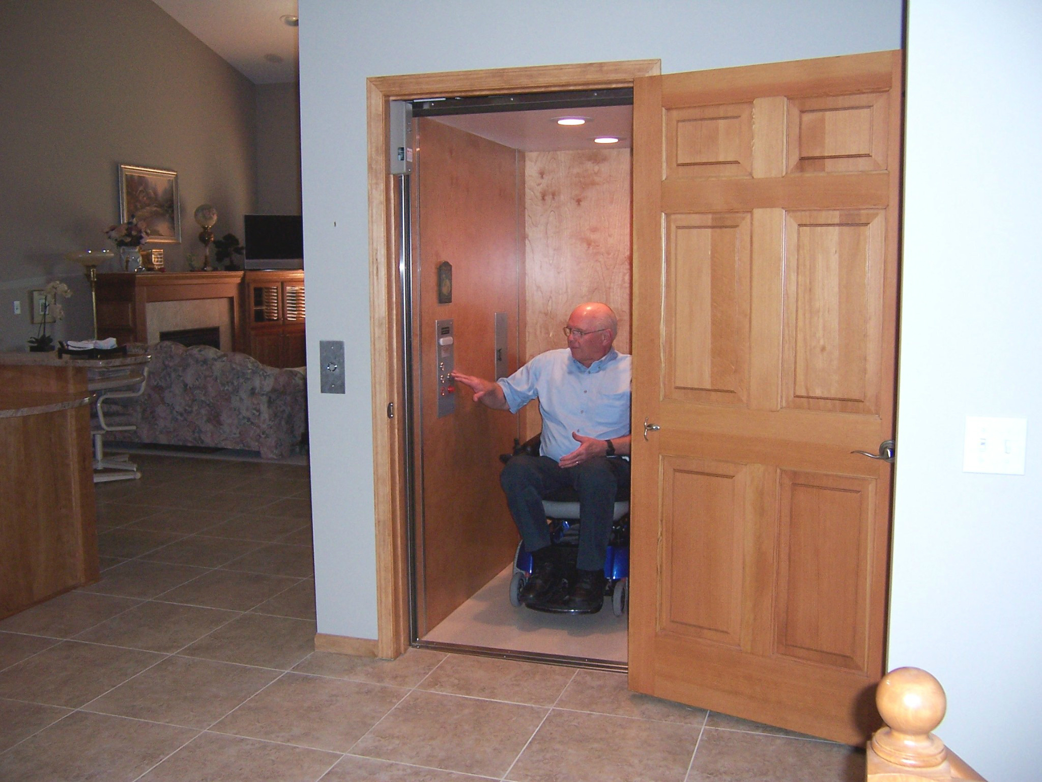 Home elevator photo gallery by premier lift products for Elevator house